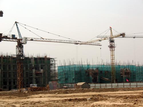 广厦·金海湾项目一期13#、14#楼即将封顶!